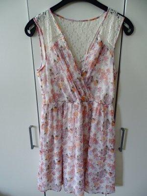 Sommerkleid mit transparentem Rücken (Weiße Spitze)