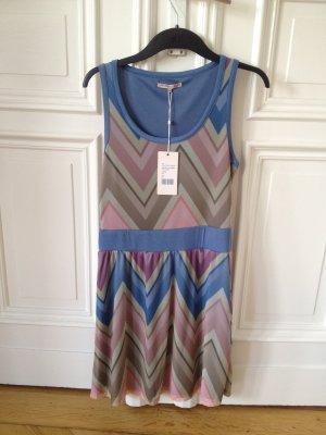 Sommerkleid pastellfarben