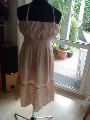 Vestido de cuello Halter crema-nude Algodón