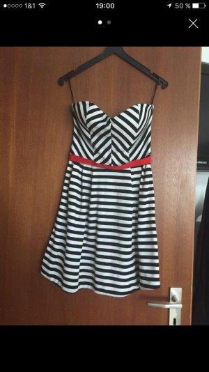 Sommerkleid (schulterfrei)