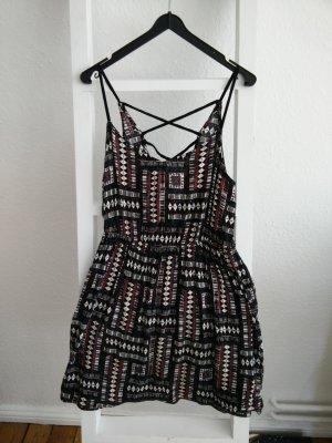 Sommerkleid/ Strand- und Festivalkleid von Urban Outfitters