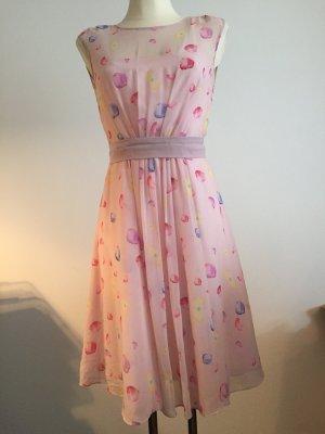 Sommerkleid von Almost Famous London