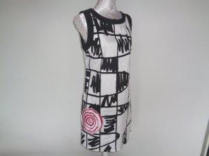 Desigual Vestido de manga corta multicolor tejido mezclado