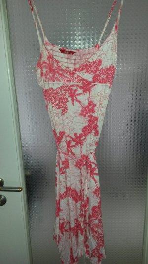 Sommerkleid von Esprit mit Gürtel