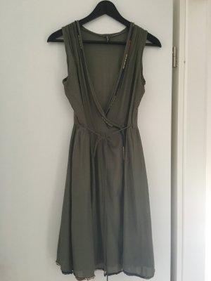 Sommerkleid von Naf Naf Gr. 36. Supersüss aus Frankreich! Khaki.