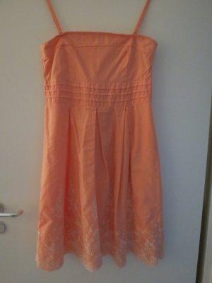 Sommerkleid von Orsay in Aprikot