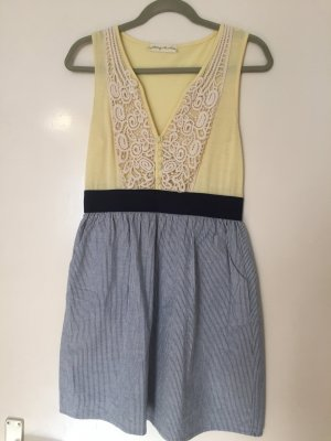 Sommerkleid von Urban Outfitters in Gr. M