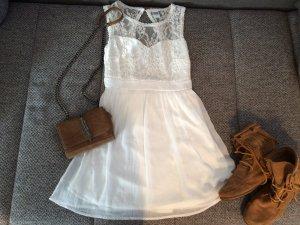 Sommerkleid weiß mit Spitze