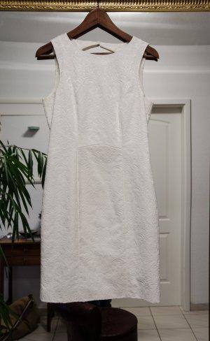 Sommerkleid, weiß mit tollem Rückenausschnitt