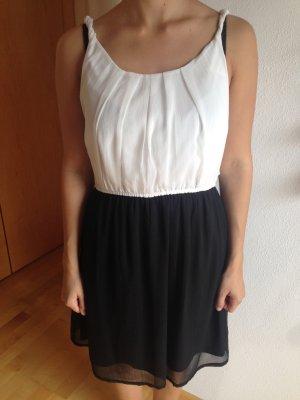 Sommerkleid - weiß/schwarz - Größe 36/38 - Vero Moda
