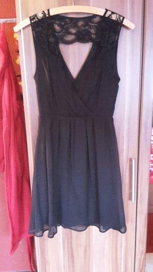 Sommerkleidchen in schwarz