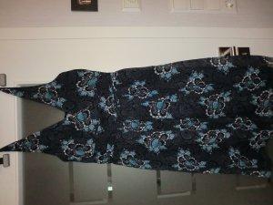 Sommerkleidchen mit Wickelausschnitt