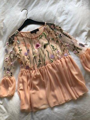 sommerliche Bluse mit Blumen
