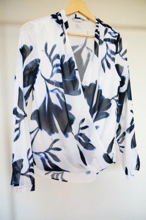 Sommerliche Bluse mit schönem Blumen-Print
