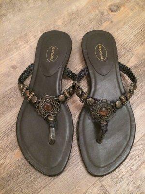 sommerliche braune Sandaletten Größe 40
