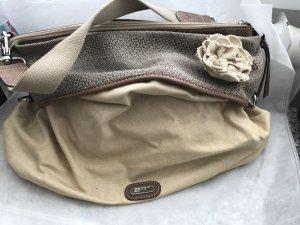 Sommerliche Handtasche aus festem leinenmässigen Stoff