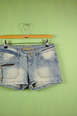 Sommerliche Hippie Shorts mit Waschung