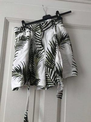 Sommerliche kurze Hose