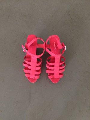 Sommerliche Plateau-Schuhe