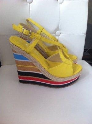 Sommerliche Sandale - Ein Highlight Schmuck für die Füße von MAKGIO in Gelb 37