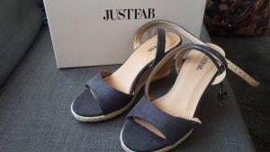 sommerliche sandalen
