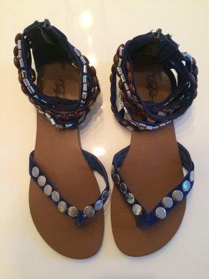 Sommerliche Sandalen von Buffalo im Bohemienstyle | Perfekt für Hippie Outfits