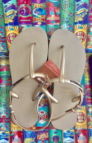 Sommerliche Sandalen von Havaianas in Roségold