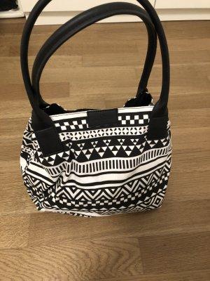 Sommerliche Stoffhandtasche