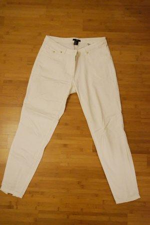 sommerliche, weiße Jeans