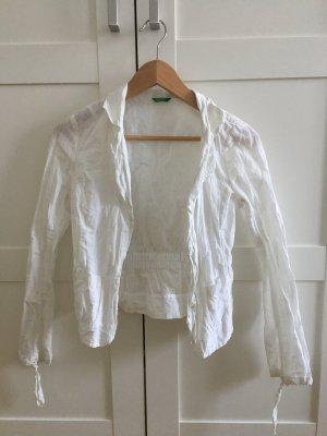 Sommerlicher Knitterblazer in Weiß