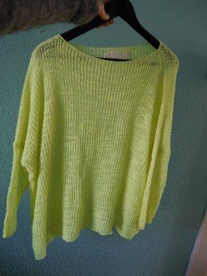Sommerlicher Oversize Strickpullover von Zara in neon gelb
