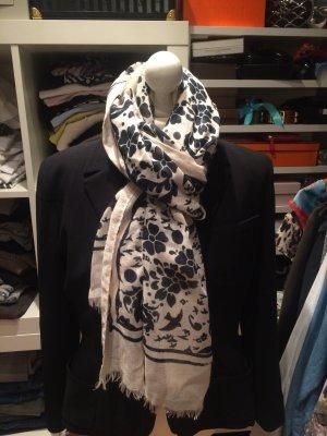 Sommerlicher Schal von Oui