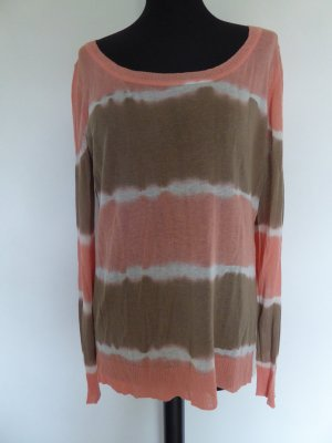 Sommerlicher Strickpulli in Batikoptik