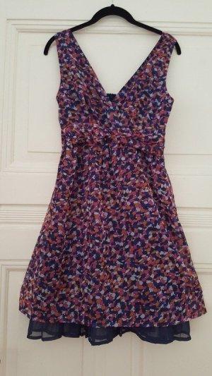 sommerliches buntes Kleid