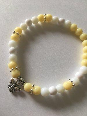 Sommerliches DIY Perlenarmband