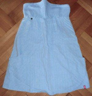 Sommerliches Jeanskleid