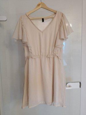 Sommerliches Kleid