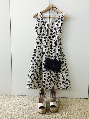 Sommerliches Kleid der italienischen Marke EGGS
