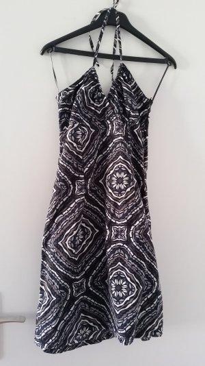Sommerliches Kleid, ideal für den Strand