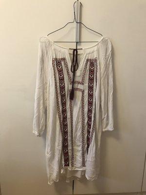 Sommerliches Kleid mit Muster
