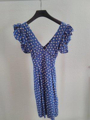 Sommerliches Kleid mit Punkten von Topshop