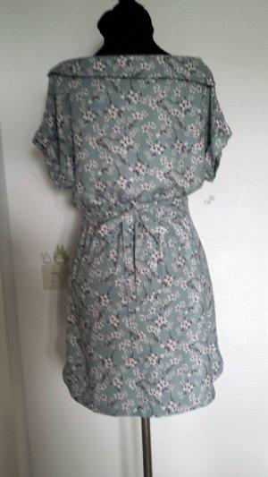 Sommerliches Kleid von edc, Größe 34