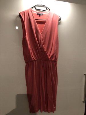 Sommerliches Kleid von Tommy Hilfiger