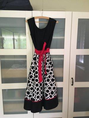 Sommerliches Laura Ashley Kleid