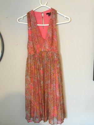 Sommerliches schickes Kleid
