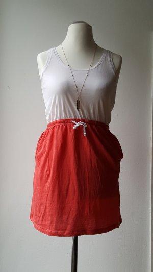 sommerliches Shirtkleid mit Taschen