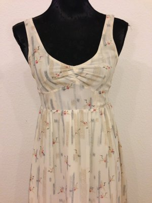 Sommerliches Silence + Noise Kleid
