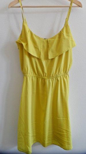 Sommerliches Slip-on Dress mit kleinem Volant