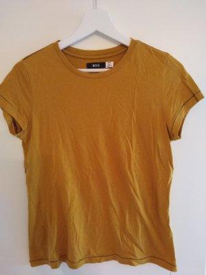 sommerliches T-Shirt mit Ziernaht