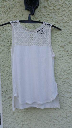 Sommerliches Top in weiß